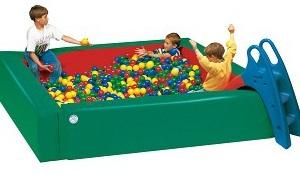 Bērnu bumbiņu baseini - mīkstie rotaļu elementi